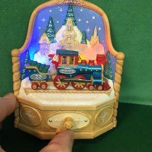 Hallmark Magic Express Ornament 2009